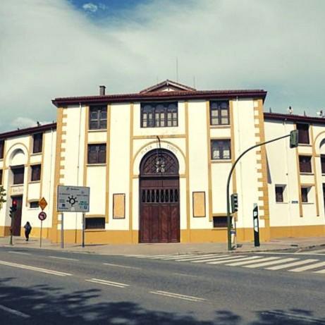 Santander. Coso de Cuatro Caminos. Plaza de toros