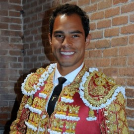 Luis Bolivar bullfighter