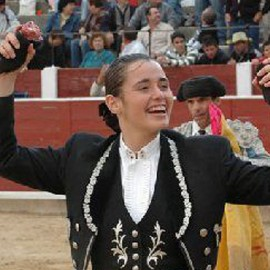 Noelia Mota bullfighter